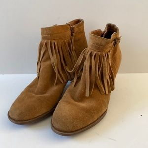 Naturalizer Womens Suede Fringe Ankle Boot…